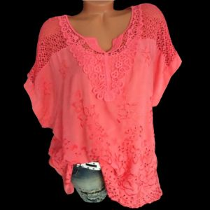 2019 Summer New Women Short Sleeve Solid Color Shirt Fashion Openwork Lace Crochet Shirt Street Casual 5 Color Shirt Siz